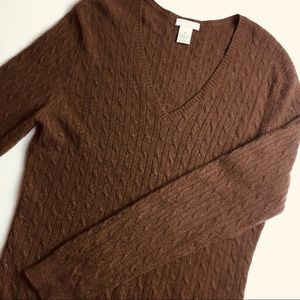 Tweeds | Brown Cable Knit V-Neck Cashmere Sweater